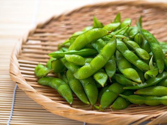 お酒と相性の良い枝豆の効果
